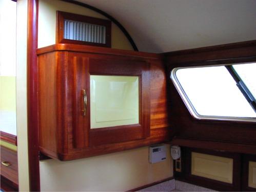 Etonnant New Wall Cabinet Duplicating The Boatu0027s Cabinet Style